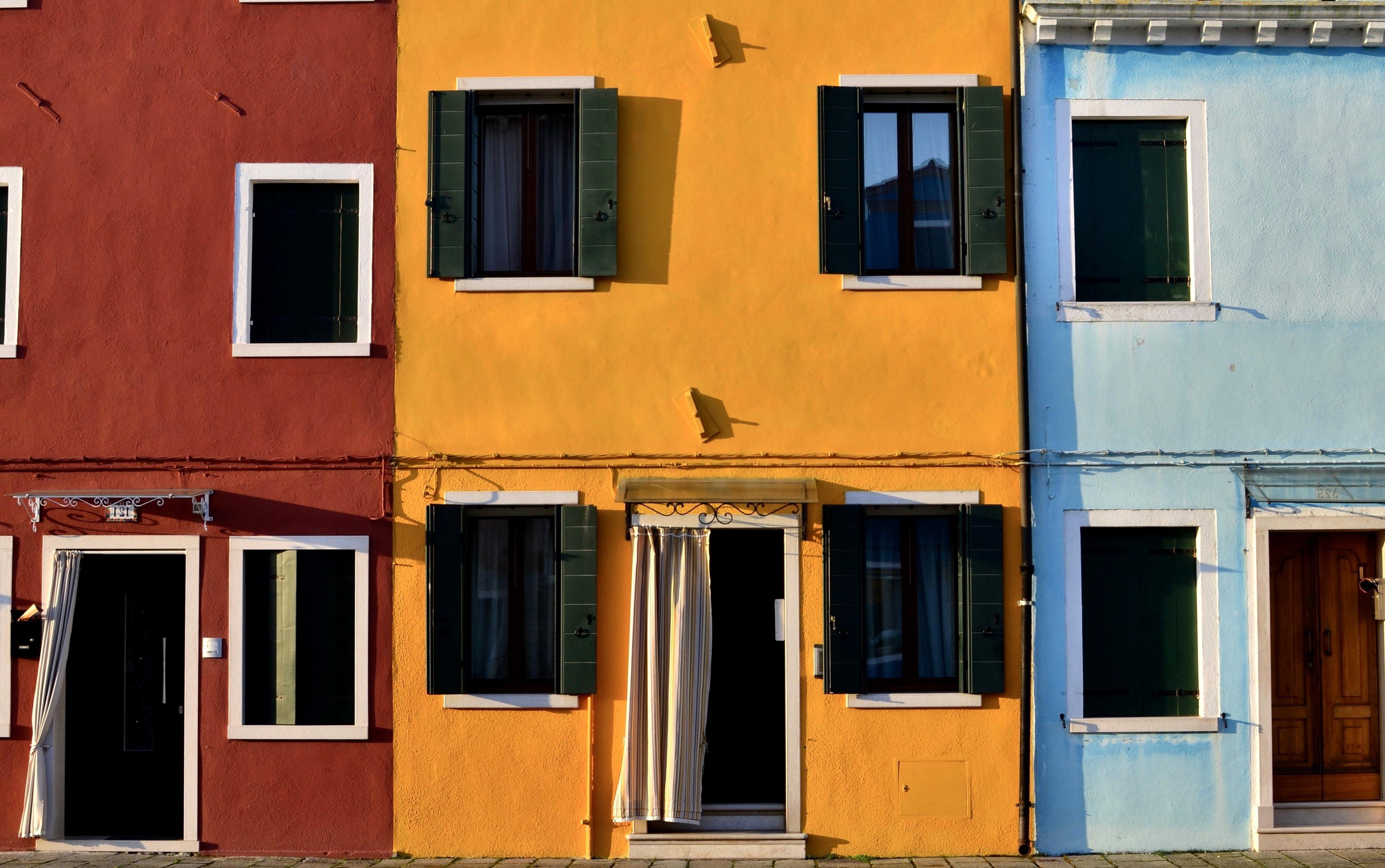 -Fassadenrestauration und Erneuerung